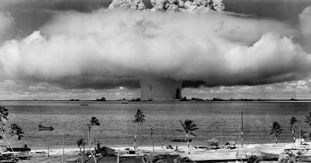 Photo of an atomic bomb explosion in black and white.