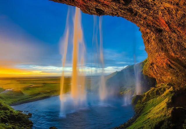 Photo of a water fall.